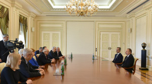Ilham Aliyev received co-chairs and members of the Board of Trustees of Nizami Ganjavi International Center