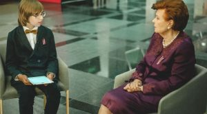 Simtgades saruna: Vaira Vīķe-Freiberga un Justs